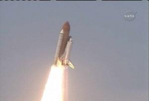 Start raketoplánu Atlantis k Hubblovu dalekohledu