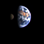 Země na snímku ze sondy Deep Impact