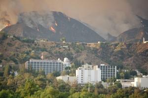Požár v okolí JPL