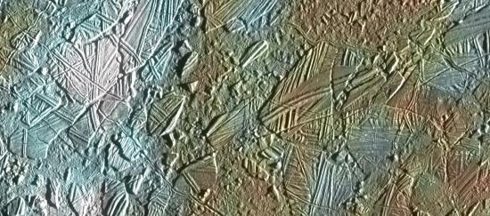 Povrch měsíce Europa