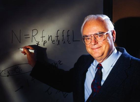 Frank Drake a jeho legendární rovnice, zdroj: woodahl.physics.iupui.edu