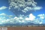 Erupce sopky Pinatubo v roce 1991. Credit: USGS