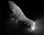 Kometa Hartley 2 na snímku ze sondy Deep Impact.