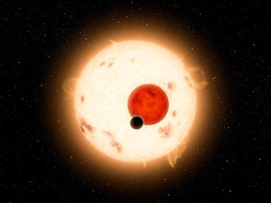 Systém Kepler-16 v představách malíře. Credit: NASA