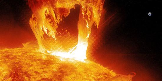 Erupce kategorie M dne 16. dubna 2012. Credit: NASA