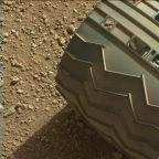 Náhledový snímek z Curiosity (sol 3). Credit: NASA