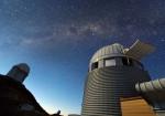 3,6 m dalekohled ESO na observatoři La Silla, na kterém je umístěn spektrograf HARPS. Credit: Iztok Bončina/ESO