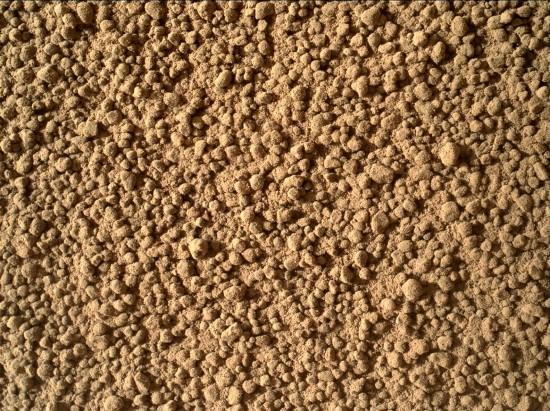 A bonusový obrázek: detailní pohled na marsovský písek. Credit: NASA