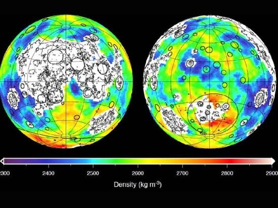 Gravitační mapa Měsíce sestavena na základě měření sond GRAIL. Credit: NASA