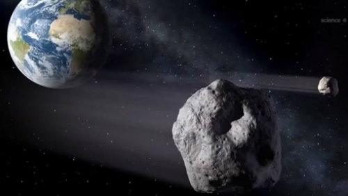 2012 DA14 u Země v představách malíře. Credit: NASA