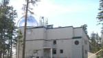 Dalekohled VATT, který patří Vatikánské observatoři a nachází se v USA. Zdroj: Wikipedia