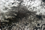 Nový snímek Prahy z ISS. Credit: Chris Hadfield