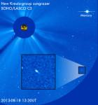 Kometa v  záběrech koronografu SOHO. Credit: NASA, ESA