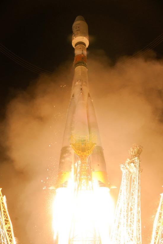 Start rakety Sojuz s družicí Gaia. Credit: ESA