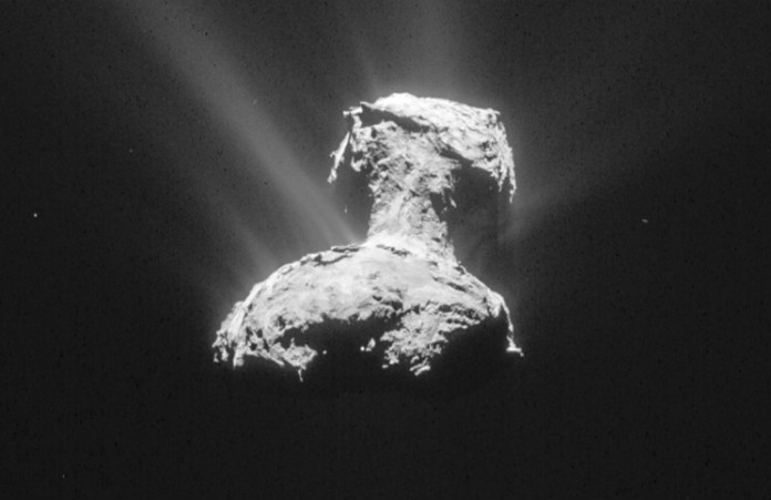Kometa 67P/Čurjumov-Gerasimenková, credit: ESA
