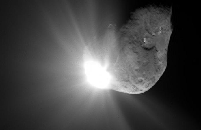 Mohou být za poklesy jasnosti hvězdy komety? Credit: NASA