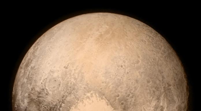 Srdce na Plutu samozřejmě nemůže chybět. Credit: NASA