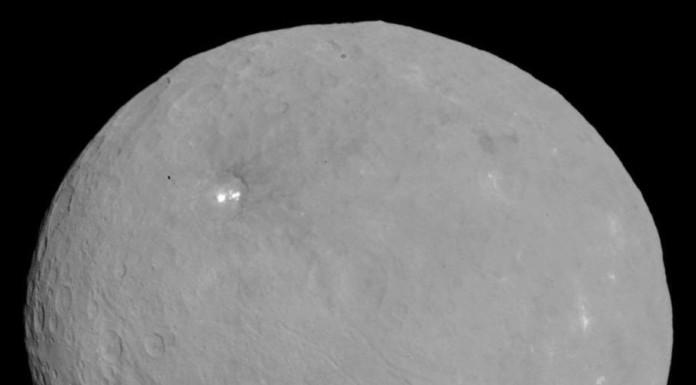 PIA19562-Ceres-DwarfPlanet-Dawn-RC3-image19-20150506