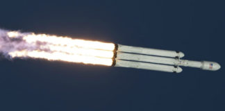 Start Falconu Heavy. Credit: NASA